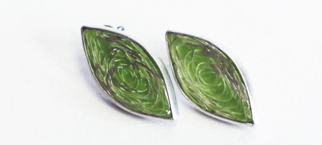 WHIRLPOOL stud earrings in silver and green enamel