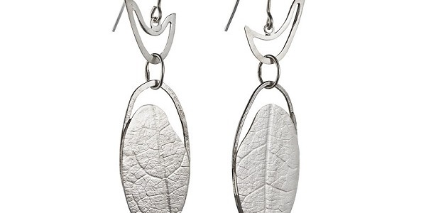 BUSH BIRDS embossed earrings
